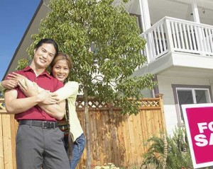 couple-home-owner-real-estate